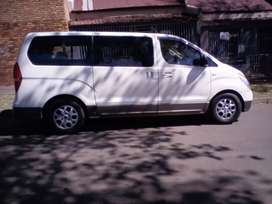 2013 Hyundai H-1, automatic, 9seater, spare key, leather seat
