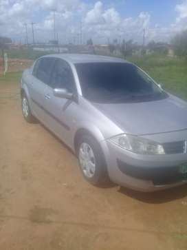 Selling my Renault megane 1.6 2005 model