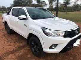 Toyota Hilux 2.8GD6 4x4 Automatic Black Edition