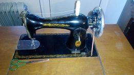 Швейная машина Подольск с тумбой