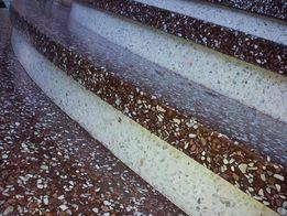 бетонні сходи (монолітні), вироби та облицювання з мармурової крихти