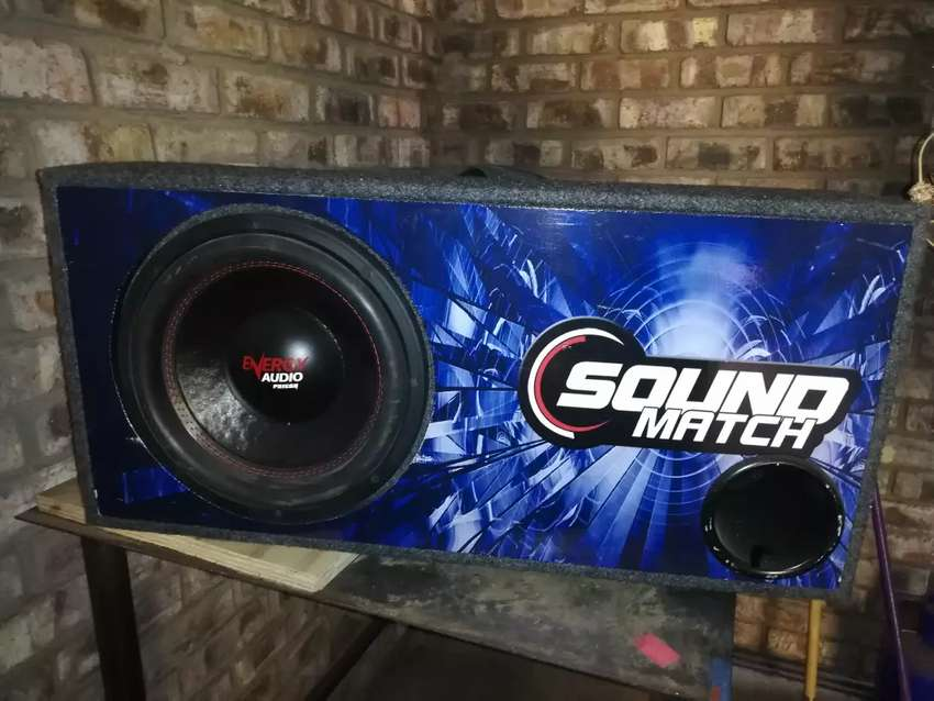 """12 """" 1200W RMS Subwoofer 0"""