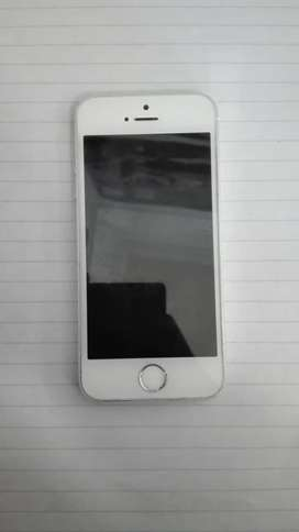 2 iPhone 5s . One in excellent condition and black one is blocked