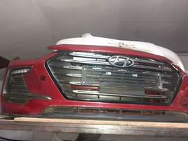 HYUNDAI ELANTRA FRONT BUMPER GRILL AND FUG COVER RIGHT SIDE
