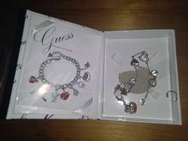 ORIGINAL Guess charm bracelet with charms