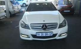 2012 Mercedes-Benz C-250 with Automatic Transmission Electric window