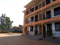 A three bedroom apartment for rent in kisasi 0