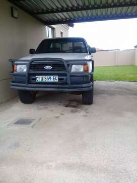 Ford courier for sale R 85 000 neg.