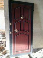 Новая бронированная дверь с коробом