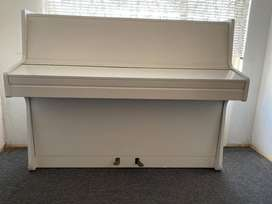 WHITE LUDWIG MEISTER UPRIGHT PIANO