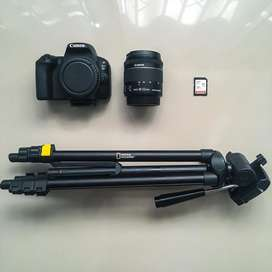 Canon EOS 200D with 18-55mm Lens