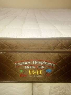King size mattrasse for sale