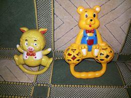 Мишки игрушки погремушки.