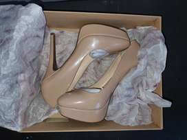 Nude stilettos / beige heels for sale