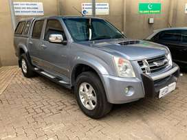 Very RELIABLE 2010 Isuzu Double Cab in Good Condition#Price Negotiable