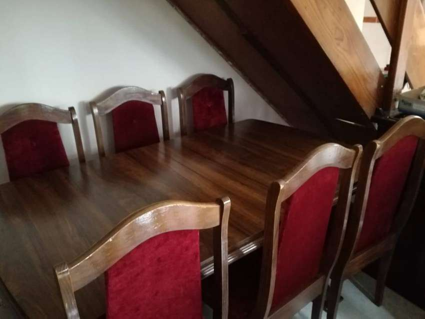 Extendable Dining Table 0