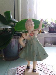 Статуэтка танцующая девочка