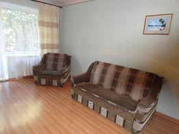 2 комнатная квартира на Печерске. Дом находится в 3 минутах ходьбы от