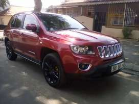 2014 JEEP COMPASS LIMITED, AUTOMATIC, REVERSE CAMERA, DVD PLAYER