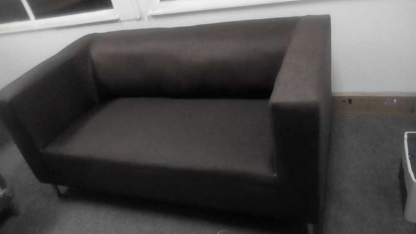 2 seater Lulu couch 0