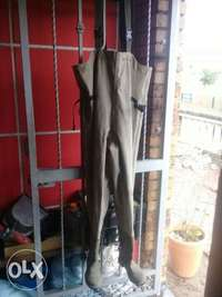 Used, Snowbee wader size 8 for sale  South Africa