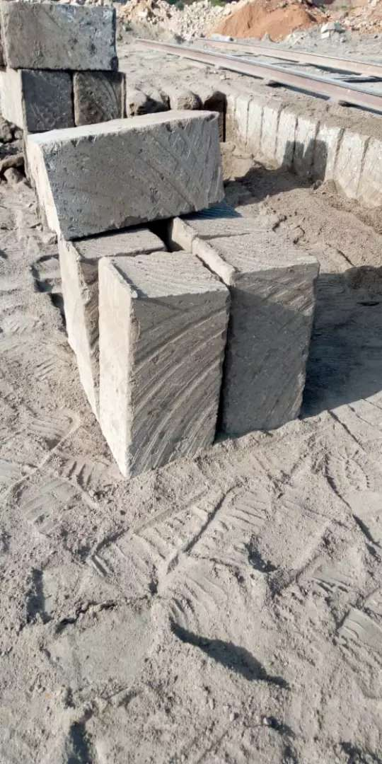 Selling machine cut building stones and offering transport services 0