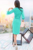 Стильное воздушное платье-футляр с объемными рукавами-фонариками