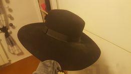 czarny kapelusz river island
