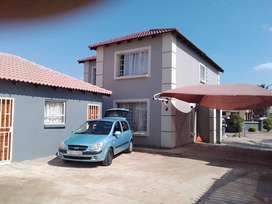 Bachelor available for rental at R2700 in Rosslyn, Pretoria