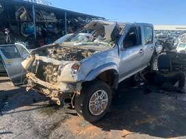 2012 Isuzu Kb300 Dteq Double Cab Stripping For Spares
