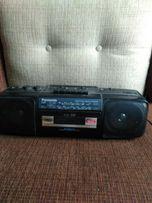 Радиоприемник / кассетный магнитофон