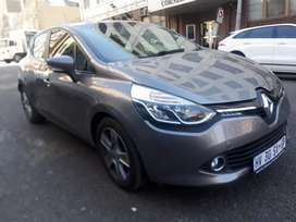 Renault Clio 0.90  R110000pnegotiable