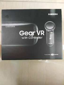 Original Samsung GEAR VR with controller for sale R800