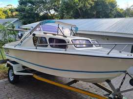 16 Ft Calibra Cabin Cruiser