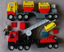 LEGO DUPLO wóz strażacki cysterna ludzik świeci wydaje dźwięk
