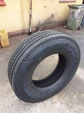 295/80-225 Trailer tyre