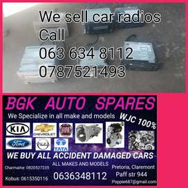 We sell standard car radios R500 call us now