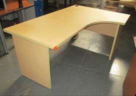 Maple curved desk