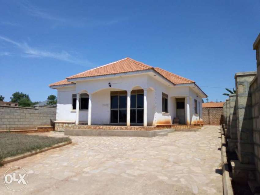 House for sale at gayaza road very close to the main road 0