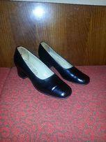 Туфли женские кожаные черные на каблуке, 38 р-р