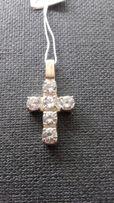 krzyż srebrny z cyrkoniami