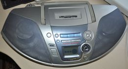 Продам CD-магнитолу Panasonic c кассетной декой