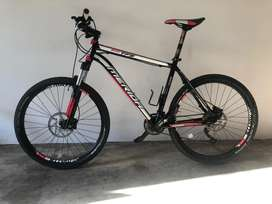Merida TFS500 26 inch. Shimano XT Doere Front and Rear derailers
