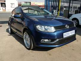 2017 Vw Polo 1.2 Tsi With  A Sunroof