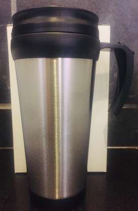 Travel mug with lid and handle