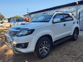 Toyota Fortuner 3.0 D-4D 4X4 Automatic