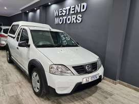 2017 Nissan NP200 Dual Airbags