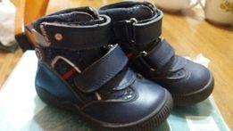 Продам ботиночки демисезон