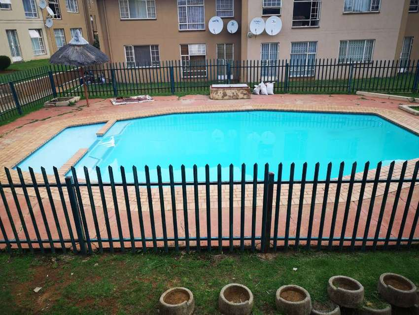2 bed furnished apartment to let