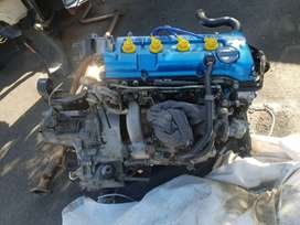 Ga16de fuel injected engine and gearbox for sentra